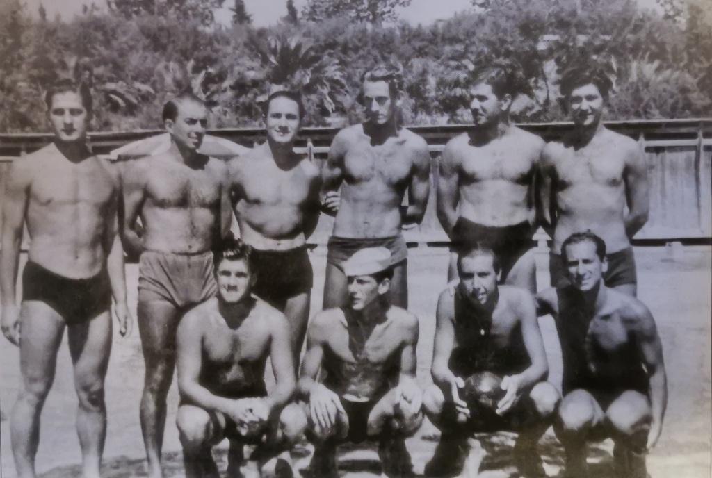 ragbijaška momčad na Bačvicama 1938. godine